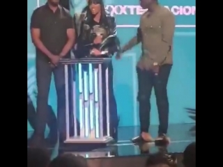 XXXTentacion выиграл номинацию на премии 2018 BET Hip Hop Awards Новая Школа