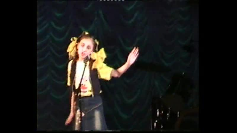 Эллина со своей авторской песней на Конкурсе =Европа плюс= =Звёздный дождь= г Октябрьский Аранжировка Ильдус Мамалимов