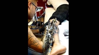 The world first tattooing prosthetic Arm!
