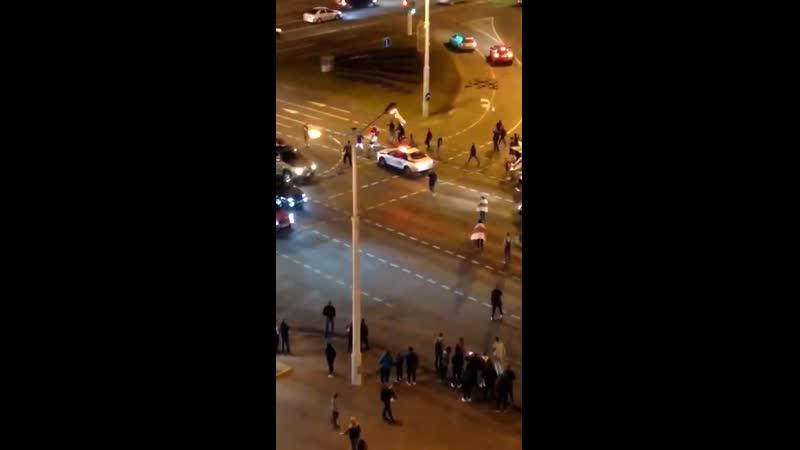 Видео нападения на гаишника на Пушкинской