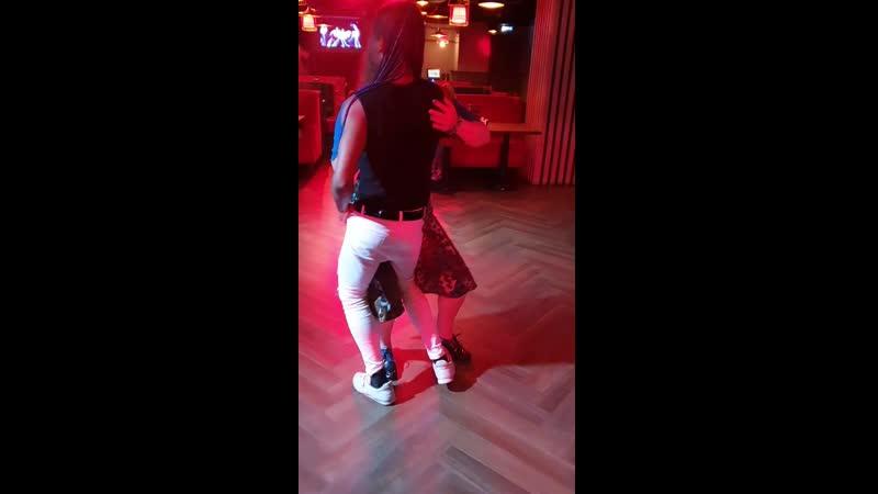 Mario Baro - Juega Con Tres) Танцуем с Даниелем