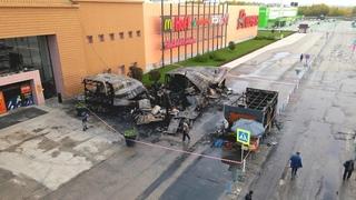 В Самаре сгорели торговые павильоны возле ТРК «Амбар»...