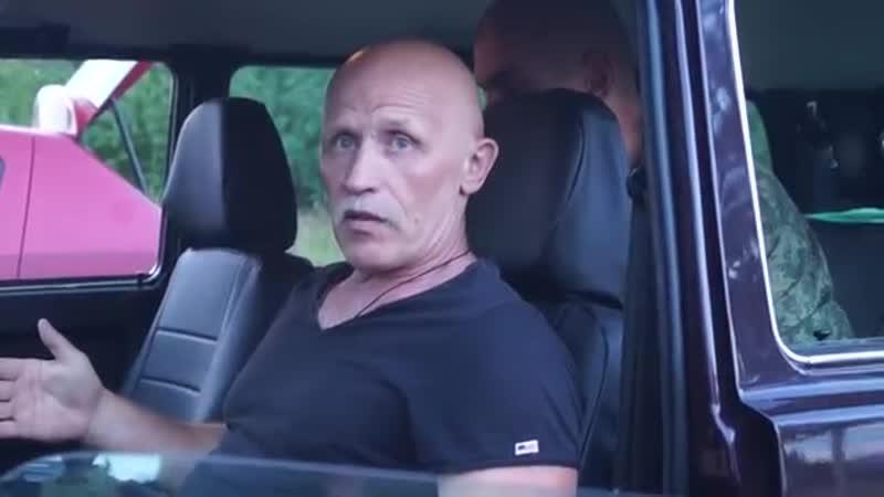 Крючков В. Н. Система Стрела. Самооборона в автомобиле. Нож сзади